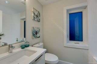 Photo 8: 1308 E 27 Avenue in Vancouver: Knight House 1/2 Duplex for sale (Vancouver East)  : MLS®# R2088304
