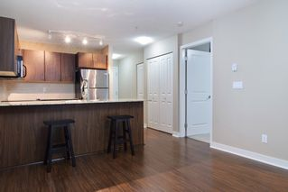 """Photo 5: D102 8929 202ND Street in Langley: Walnut Grove Condo for sale in """"The Grove"""" : MLS®# R2093509"""