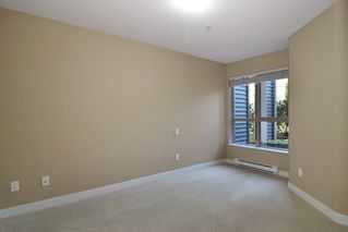 """Photo 8: D102 8929 202ND Street in Langley: Walnut Grove Condo for sale in """"The Grove"""" : MLS®# R2093509"""