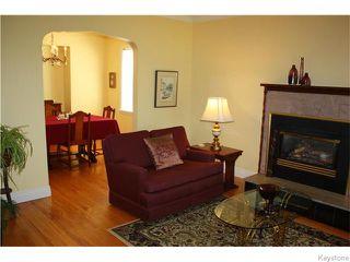 Photo 4: 217 Linwood Street in Winnipeg: Deer Lodge Residential for sale (5E)  : MLS®# 1620593