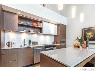 Photo 4: 402 601 Herald Street in VICTORIA: Vi Downtown Condo Apartment for sale (Victoria)  : MLS®# 371871