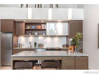 Photo 5: 402 601 Herald Street in VICTORIA: Vi Downtown Condo Apartment for sale (Victoria)  : MLS®# 371871
