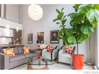 Photo 7: 402 601 Herald Street in VICTORIA: Vi Downtown Condo Apartment for sale (Victoria)  : MLS®# 371871