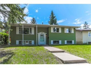 Main Photo: 4835 41 Avenue SW in Calgary: Glamorgan House for sale : MLS®# C4092351