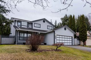 "Photo 1: 20940 94B Avenue in Langley: Walnut Grove House for sale in ""WALNUT GROVE"" : MLS®# R2131575"