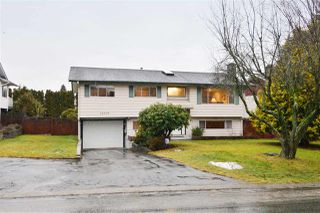 Photo 1: 15639 18A Avenue in Surrey: King George Corridor House for sale (South Surrey White Rock)  : MLS®# R2138392