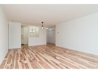 """Photo 5: 203 1830 E SOUTHMERE Crescent in Surrey: Sunnyside Park Surrey Condo for sale in """"SOUTHMERE MEWS"""" (South Surrey White Rock)  : MLS®# R2140511"""