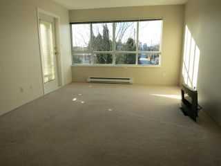 """Photo 14: 316 4990 MCGEER Street in Vancouver: Collingwood VE Condo for sale in """"CONNAUGHT"""" (Vancouver East)  : MLS®# R2141317"""