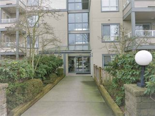 "Photo 1: 316 4990 MCGEER Street in Vancouver: Collingwood VE Condo for sale in ""CONNAUGHT"" (Vancouver East)  : MLS®# R2141317"