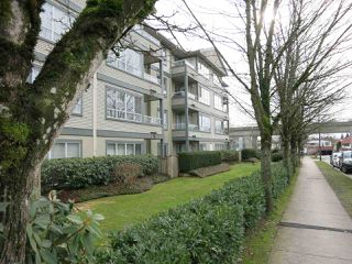 "Photo 3: 316 4990 MCGEER Street in Vancouver: Collingwood VE Condo for sale in ""CONNAUGHT"" (Vancouver East)  : MLS®# R2141317"
