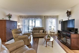 "Photo 5: 301 1460 MARTIN Street: White Rock Condo for sale in ""THE CAPISTRANO"" (South Surrey White Rock)  : MLS®# R2146961"