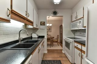 "Photo 10: 301 1460 MARTIN Street: White Rock Condo for sale in ""THE CAPISTRANO"" (South Surrey White Rock)  : MLS®# R2146961"