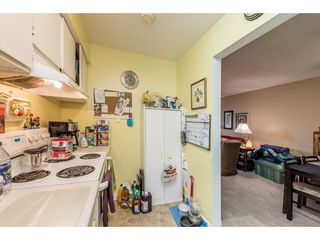 """Photo 10: 14839 HOLLY PARK Lane in Surrey: Guildford Townhouse for sale in """"Holly Park Lane"""" (North Surrey)  : MLS®# R2154252"""
