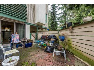 """Photo 19: 14839 HOLLY PARK Lane in Surrey: Guildford Townhouse for sale in """"Holly Park Lane"""" (North Surrey)  : MLS®# R2154252"""