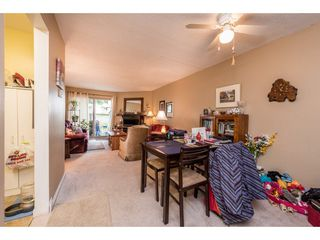 """Photo 6: 14839 HOLLY PARK Lane in Surrey: Guildford Townhouse for sale in """"Holly Park Lane"""" (North Surrey)  : MLS®# R2154252"""