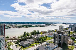 "Photo 1: 1705 188 AGNES Street in New Westminster: Downtown NW Condo for sale in ""THE ELLIOT"" : MLS®# R2181152"