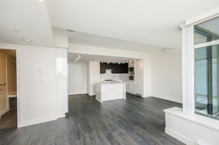 "Photo 10: 1705 188 AGNES Street in New Westminster: Downtown NW Condo for sale in ""THE ELLIOT"" : MLS®# R2181152"
