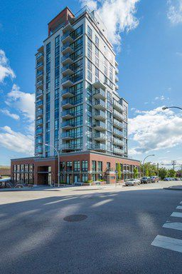 Photo 1: 405 258 Sixth Street in New Westminster: Uptown NW Condo for sale : MLS®# R2186630