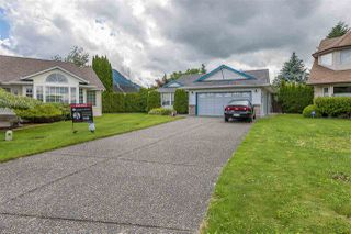 Photo 1: 5937 GLENDALE DRIVE in Sardis: Vedder S Watson-Promontory House for sale : MLS®# R2176326