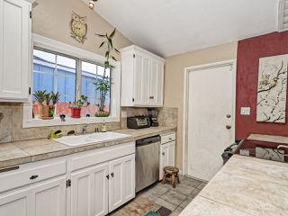Photo 9: SAN DIEGO House for sale : 4 bedrooms : 2128 Whinchat St