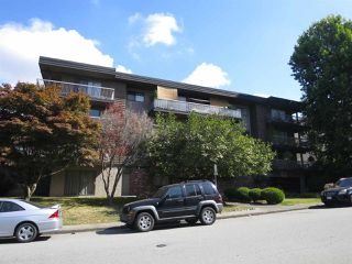 Photo 2: 102 330 W 2 STREET in North Vancouver: Lower Lonsdale Condo for sale : MLS®# R2206253