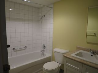 Photo 10: 102 330 W 2 STREET in North Vancouver: Lower Lonsdale Condo for sale : MLS®# R2206253