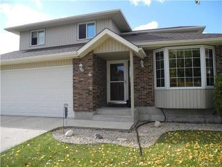 Photo 1: 4 Melanie Cove in Winnipeg: Oakwood Estates Residential for sale (3H)  : MLS®# 1725928