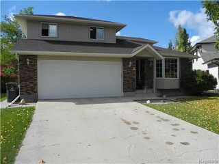 Photo 2: 4 Melanie Cove in Winnipeg: Oakwood Estates Residential for sale (3H)  : MLS®# 1725928
