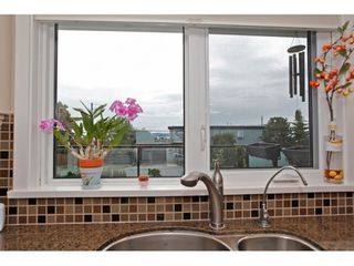 Photo 8: 15921 PACIFIC Ave in South Surrey White Rock: Home for sale : MLS®# F1425663