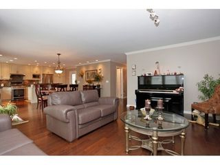 Photo 13: 15921 PACIFIC Ave in South Surrey White Rock: Home for sale : MLS®# F1425663