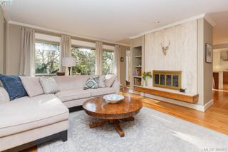 Photo 2: 3557 Kelsey Pl in VICTORIA: OB Henderson House for sale (Oak Bay)  : MLS®# 771936