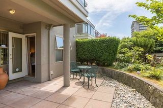 Photo 5: 202 1765 MARINE Drive in West Vancouver: Ambleside Condo for sale : MLS®# R2215648