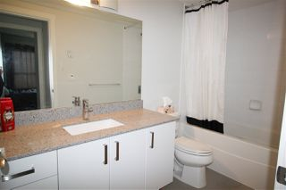 """Photo 5: 2005 125 COLUMBIA Street in New Westminster: Downtown NW Condo for sale in """"NORTHBANK"""" : MLS®# R2242128"""
