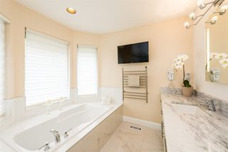 "Photo 10: 40 2951 PANORAMA Drive in Coquitlam: Westwood Plateau Townhouse for sale in ""STONEGATE ESTATES"" : MLS®# R2285642"