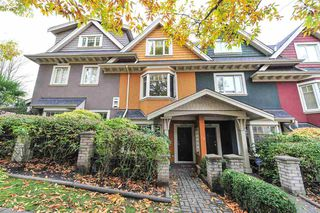 Photo 1: 2281 CAROLINA Street in Vancouver: Mount Pleasant VE Townhouse for sale (Vancouver East)  : MLS®# R2299320