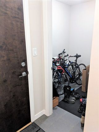 Photo 3: 910 688 ABBOTT Street in Vancouver: Downtown VW Condo for sale (Vancouver West)  : MLS®# R2313580