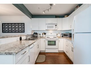 Photo 10: 306 6390 196TH Street in Langley: Willoughby Heights Condo for sale : MLS®# R2315699