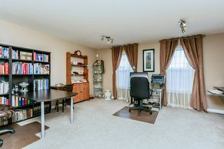 Photo 16: 1048 GAULT Boulevard NW in Edmonton: Zone 27 Townhouse for sale : MLS®# E4134587
