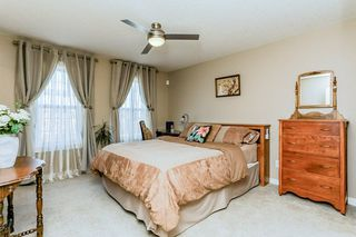 Photo 11: 1048 GAULT Boulevard NW in Edmonton: Zone 27 Townhouse for sale : MLS®# E4134587