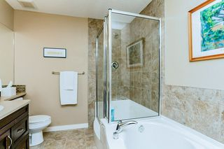 Photo 14: 1048 GAULT Boulevard NW in Edmonton: Zone 27 Townhouse for sale : MLS®# E4134587