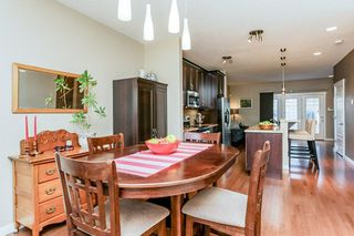 Photo 9: 1048 GAULT Boulevard NW in Edmonton: Zone 27 Townhouse for sale : MLS®# E4134587