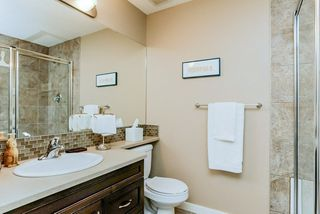 Photo 13: 1048 GAULT Boulevard NW in Edmonton: Zone 27 Townhouse for sale : MLS®# E4134587