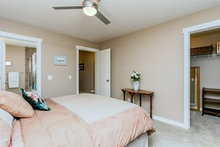 Photo 12: 1048 GAULT Boulevard NW in Edmonton: Zone 27 Townhouse for sale : MLS®# E4134587