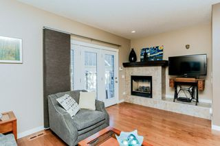 Photo 2: 1048 GAULT Boulevard NW in Edmonton: Zone 27 Townhouse for sale : MLS®# E4134587
