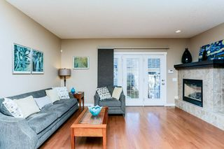 Photo 3: 1048 GAULT Boulevard NW in Edmonton: Zone 27 Townhouse for sale : MLS®# E4134587