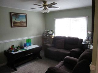 """Photo 7: 128 10221 WILSON Street in Mission: Stave Falls Manufactured Home for sale in """"Triple Creek Estates"""" : MLS®# R2334559"""