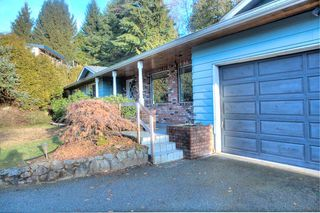 "Photo 19: 18 SYMMES Bay in Port Moody: Barber Street House for sale in ""BARBER STREET"" : MLS®# R2338503"