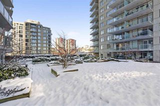 "Photo 19: 3302 898 CARNARVON Street in New Westminster: Downtown NW Condo for sale in ""Azure 1"" : MLS®# R2341728"
