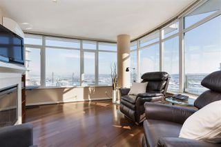 "Photo 2: 3302 898 CARNARVON Street in New Westminster: Downtown NW Condo for sale in ""Azure 1"" : MLS®# R2341728"