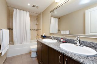 "Photo 10: 3302 898 CARNARVON Street in New Westminster: Downtown NW Condo for sale in ""Azure 1"" : MLS®# R2341728"